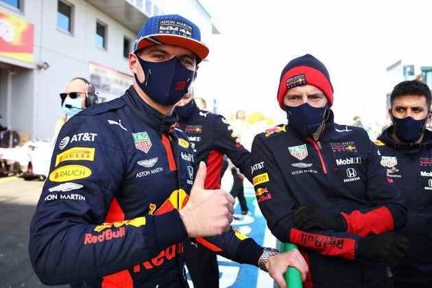 Max Verstappen é terceiro no grid e no campeonato, com 128 pontos