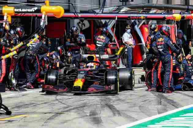Max Verstappen em ação no GP da Estíria