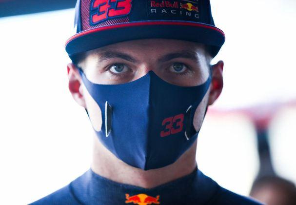 Max Verstappen foi líder do TL1, mas foi modesto na parte da tarde, ficando em 14º