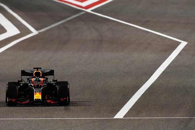 Max Verstappen foi o segundo mais rápido