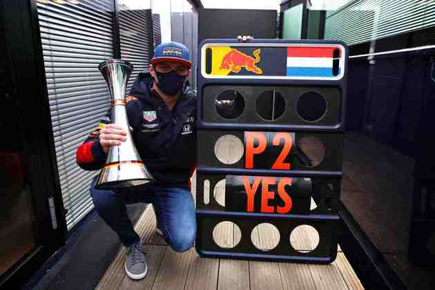 Max Verstappen foi segundo colocado no GP de Eifel