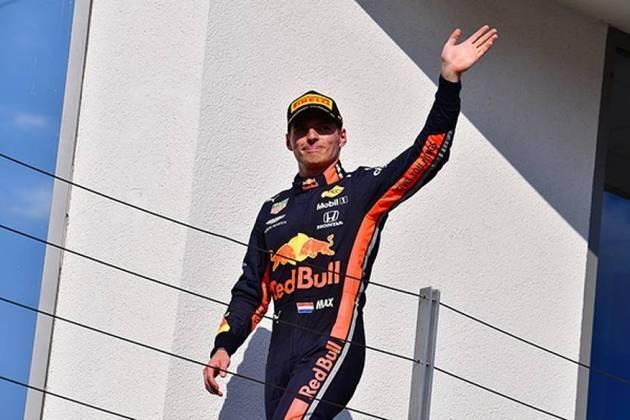 Max Verstappen - O mais jovem piloto da história da Fórmula 1 a vencer uma corrida, aos 18 anos e 229 dias, é filho de Jos Verstappen, ex-piloto holandês da modalidade