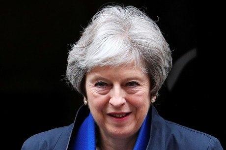Parlamentares votarão estratégia do Brexit