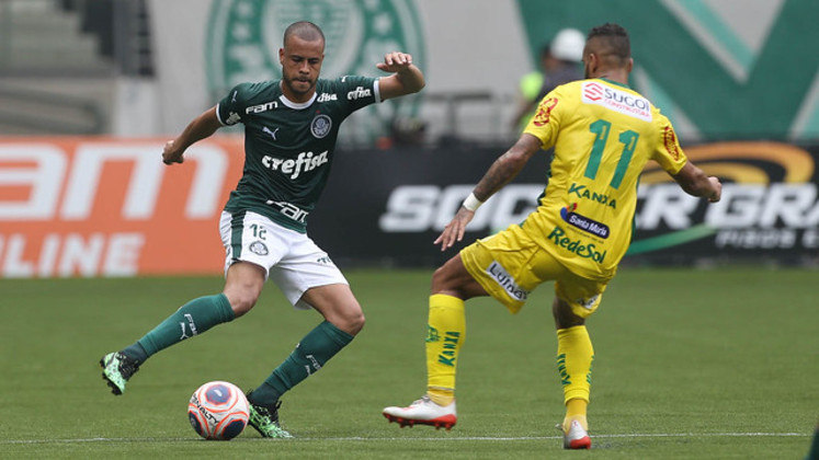 Mayke - 4 jogos - 172 minutos - 0 gols - 0 assistências - 5 desarmes