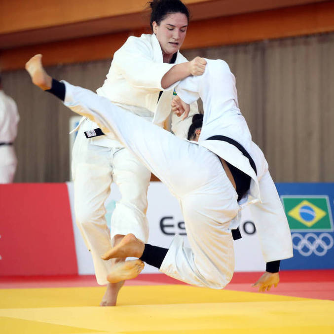 Mayra Aguiar começa luta pela medalha na categoria até 78 kg no dia 29