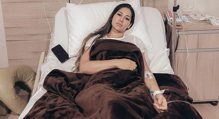 Internada, Mayra Cardi explica que seu quadro de saúde piorou