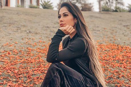 Mayra Cardi diz que irá 'desaparecer' da web