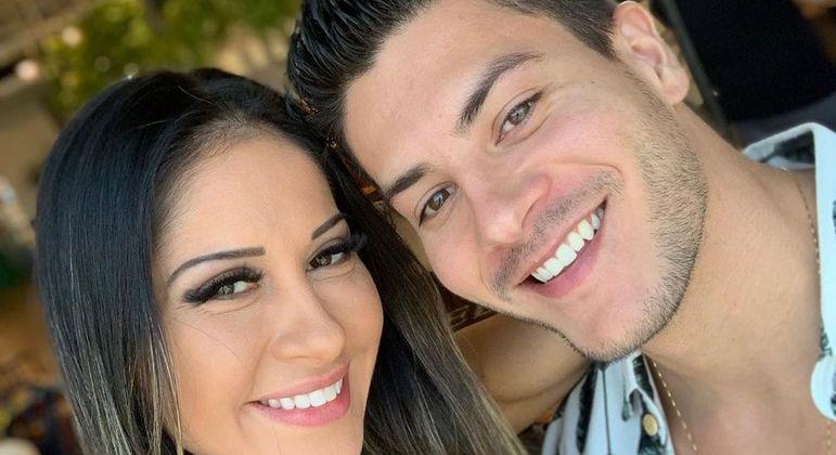 Mayra Cardi e Arthur Aguiar são pais de Sophia, de 2 anos