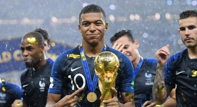 Mbappé é campeão do mundo e maior estrela do futebol francês