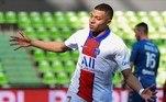 Na França, Kylian Mbappé fez dois gols na vitória por 3 a 1, sobre o Metz, em resultado que devolveu a liderança ao PSG (72 pontos). Neymar teve uma atuação discreta. A primeira colocação, porém, por enquanto é provisória, já que o Lille (70 pontos), com um jogo a menos, visita, neste domingo (25), o Lyon e pode reassumir o posto. No fim do jogo, Mbappé sofreu uma lesão na coxa e foi substituído por Draxler