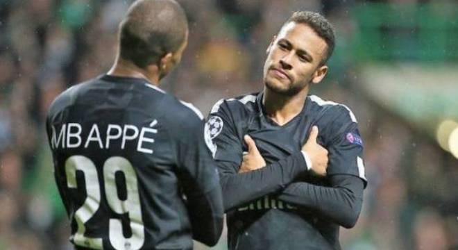 Neymar enfrenta 'fogo amigo' na disputa. Mbappé não para de crescer como jogador