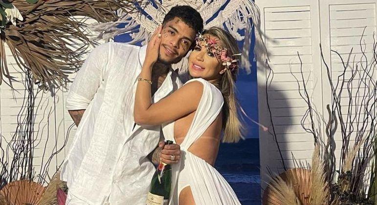 MC Kevin e Deolane Bezerra se casaram em abril deste ano