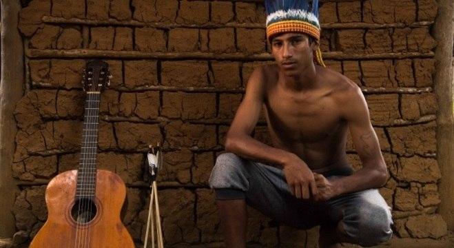 Kunumí MC vive na aldeia Krukutu, em Parelheiros