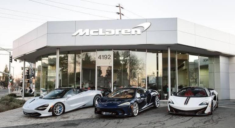 Concessionária McLaren em São Francisco: há 3 unidades só na Califórnia (no Brasil temos uma em SP)