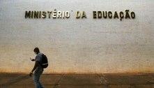 MEC cancela ofício que ameaçava punir universidades federais