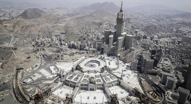 Covid-19: este ano número de visitantes da Meca será limitado para evitar contágio