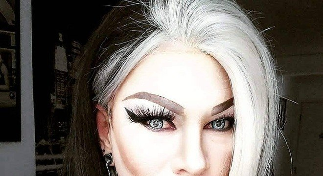Mecha branca no cabelo - quando surgiu e modelos inspiradores