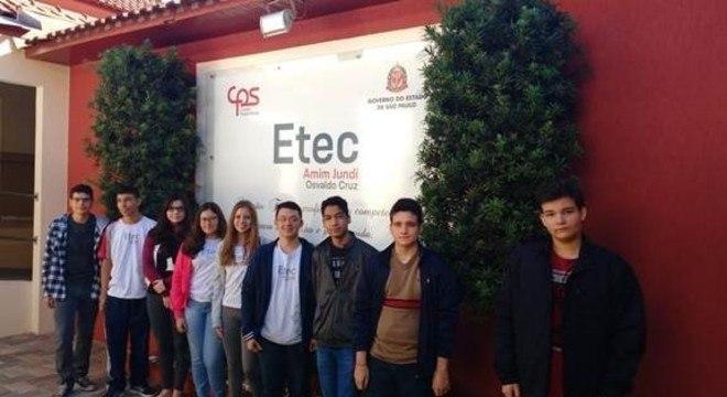 Estudantes da Etec de Oswaldo Cruz estão entre os medalhistas