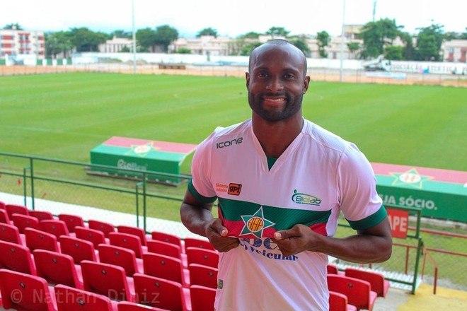 Formado na base do Flamengo, Vinicius Pacheco jogou em Portugal e na Sérvia, além de diversos clubes brasileiros, entre eles, Grêmio e Avaí. O atleta vai defender a Portuguesa, do Rio, no Carioca