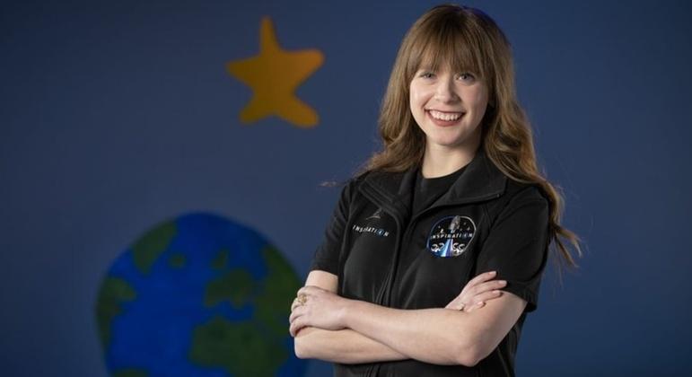 Mulher será a mais jovem da história a ser enviada para conhecer o espaço