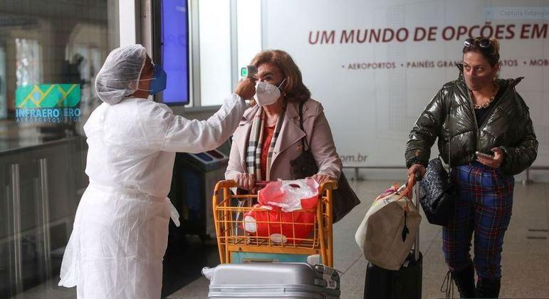 Movimentação em aeroportos de São Paulo aumenta no feriado prolongado
