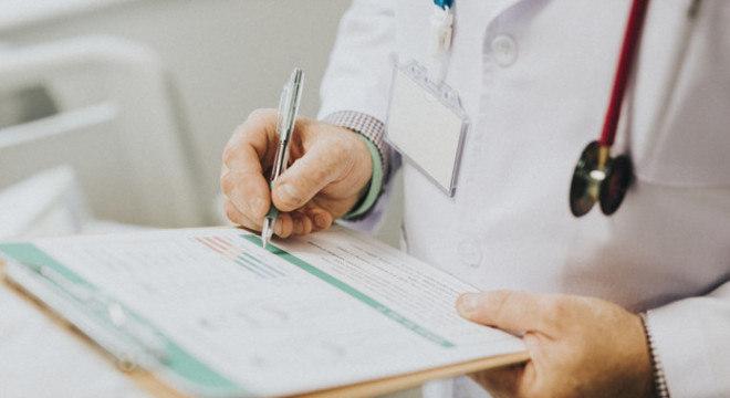 Hepatites virais podem ser diagnosticadas por meio de exame de sangue