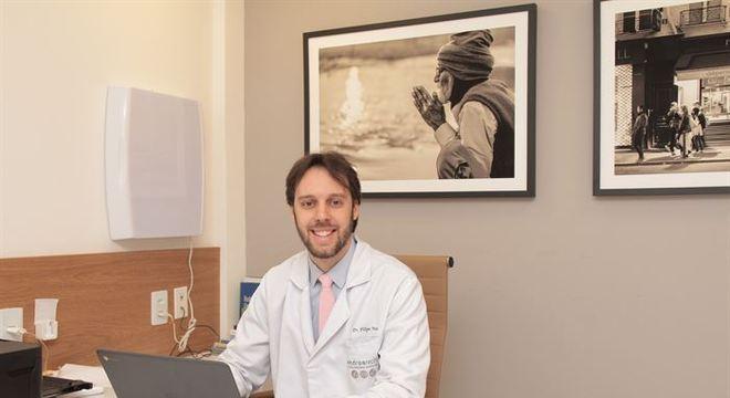Médico FIlipe Tenório