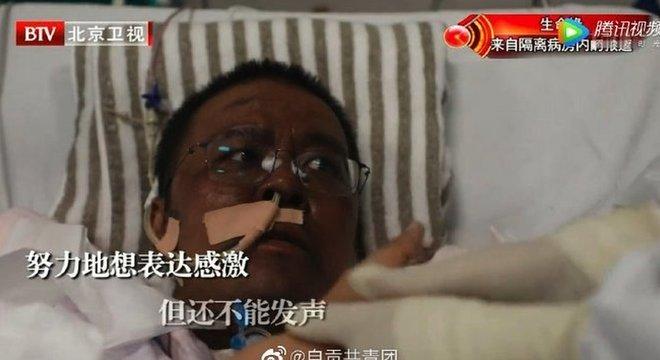 Imagens do médico com o rosto mais escuro divulgadas em abril chamaram atenção da opinião pública chinesa