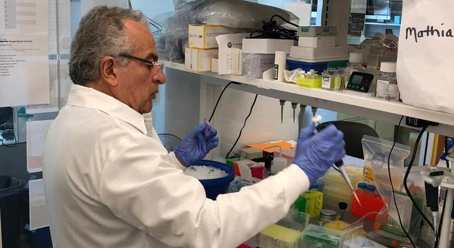 Há décadas, médico se dedica a conduzir pesquisas na área da saúde no Brasil