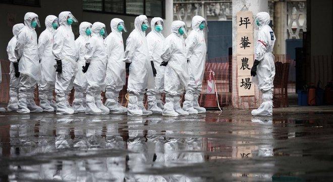 Agentes de saúde foram os primeiros a perceber uma ligação entre a doença e o mercado de Huanan, em Wuhan