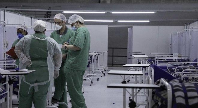 SP registrou entre domingo e últimos 7 dias variação positiva dos casos de 17,8%