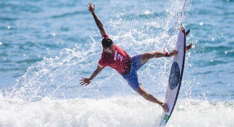 Gabriel Medina segue na busca do primeiro ouro no surfe na história das Olimpíadas