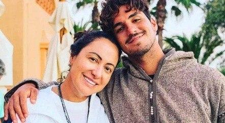 Após o casamento secreto com Yasmin Brunet, família do bicampeão mundial de surf, Gabriel Medina, 27, se desentendeu