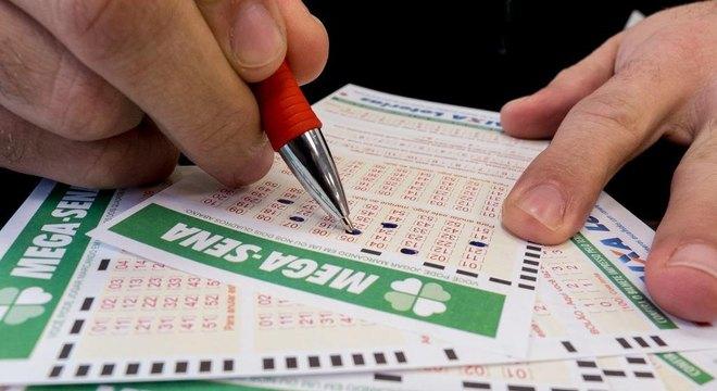 Mega-semana dos pais: primeiro sorteio pode pagar R$ 32 milhões nesta terça, 6