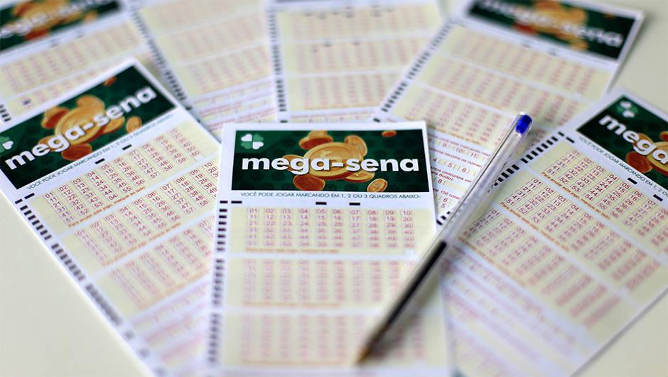 Prêmio de R$ 30 milhões será sorteado hoje (28) na mega-sena
