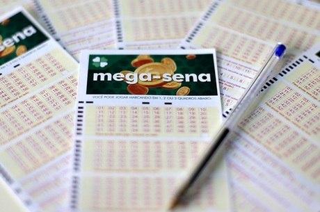 Mega-Sena acumulou no sorteio desta quarta-feira (27)