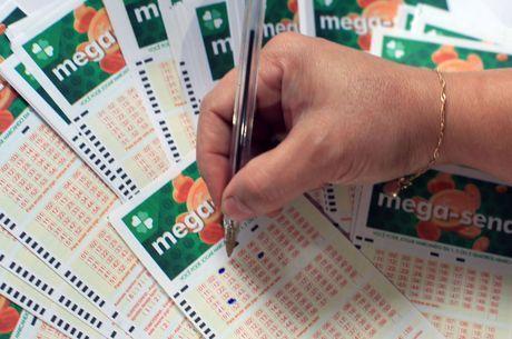 Aposta com seis números da Mega-Sena custa R$ 4,50