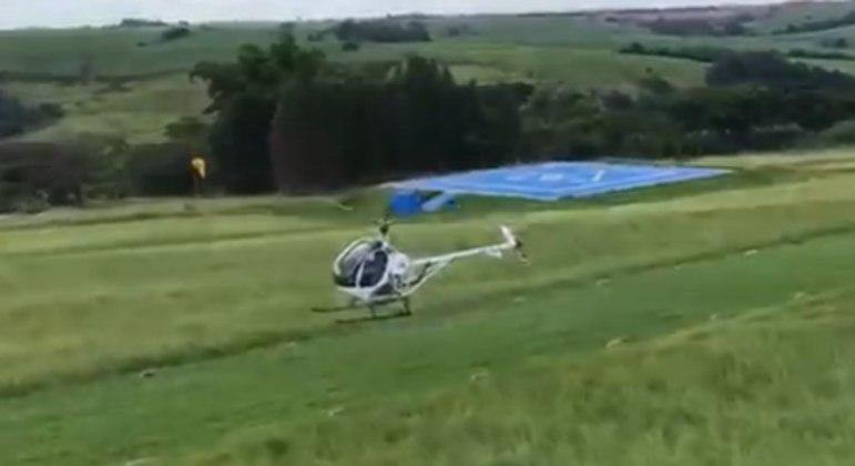 Helicóptero é interceptado em zona rural na cidade de São Carlos (SP)