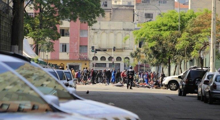 Megaoperação da Polícia combate tráfico na cracolândia em SP