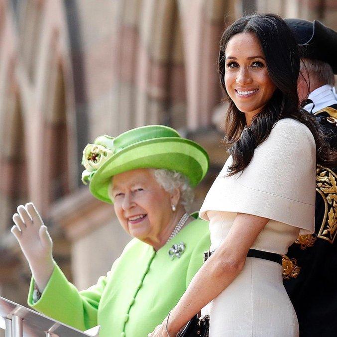 Perfil oficial da família real compartilhou imagens com Meghan Markle