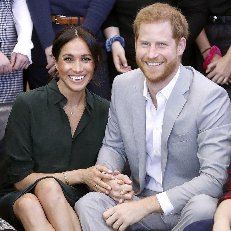Meghan Markle está grávida do primeiro filho com o príncipe Harry