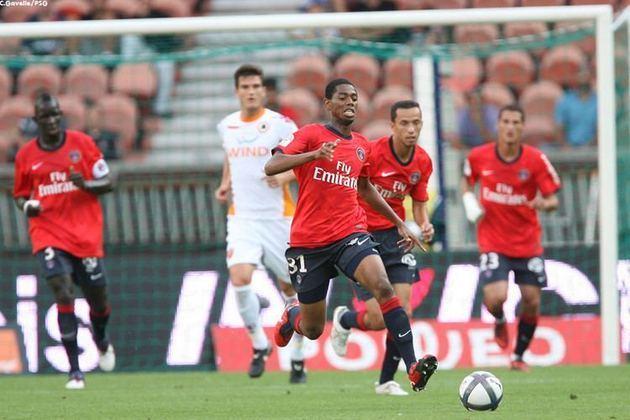 Meia: Adama Touré (malinês) - 19 anos na época (entrou no lugar de Ludovic Giuly aos 45 minutos do segundo tempo) - camisa 31 - atualmente sem clube