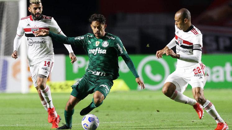 Meia reserva: Gustavo Scarpa (Palmeiras) - quatro votos.
