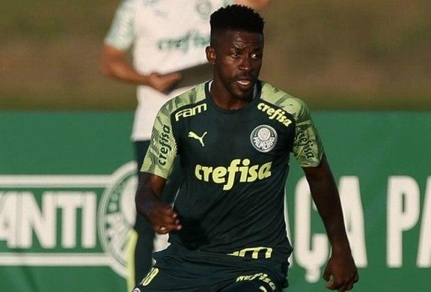 MEIO-CAMPISTA (opção) – Ramires – apesar de ainda gerar dúvidas em alguns torcedores, cresceu com o técnico e foi escalado como titular em nove oportunidades no ano.
