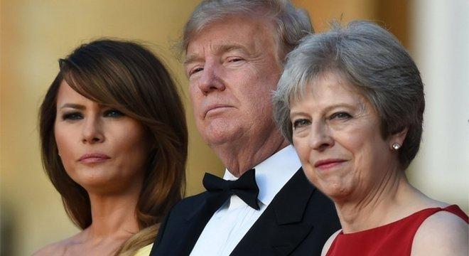 Trump visitou o Reino Unido num momento em que o governo britânico enfrenta uma profunda divisão interna por causa da forma com que May tem negociado a saída do bloco europeu