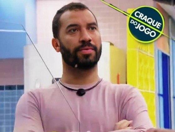 Memes do BBB21 - Em brincadeira com prêmio dado ao final das partidas de futebol, Gilberto tem sido eleito o 'Craque do Jogo' pelos internautas