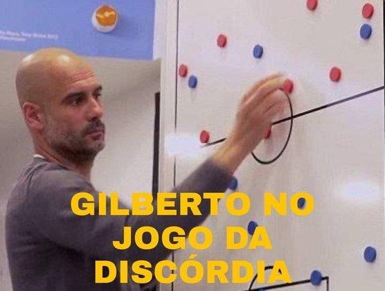 Memes do BBB21 - Um dos favoritos do público até o momento, Gilberto foi comparado a Pep Guardiola mostrando o jogo na lousa