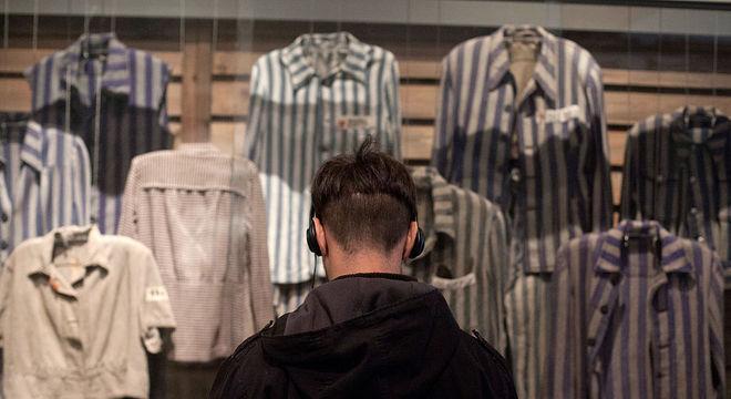Novas gerações precisam de acesso aos relatos e memórias do Holocausto