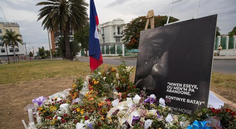 Memorial em homenagem ao presidente assassinado do Haiti, Jovenel Moise