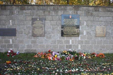 No total, foram executados durante a Segunda Guerra entre 5,4 milhões e 5,8 milhões de judeus